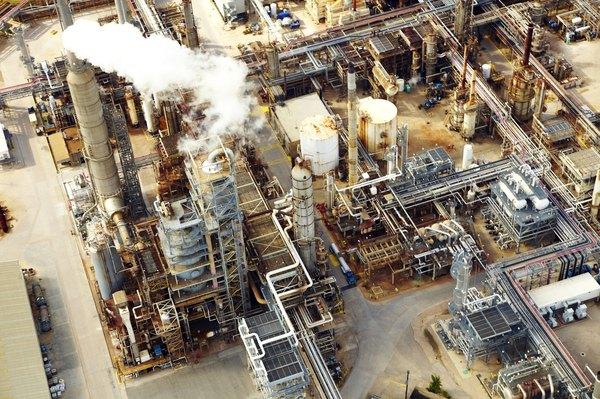 O maior desenvolvimento industrial da Amazônia concentra-se na Zona Franca de Manaus