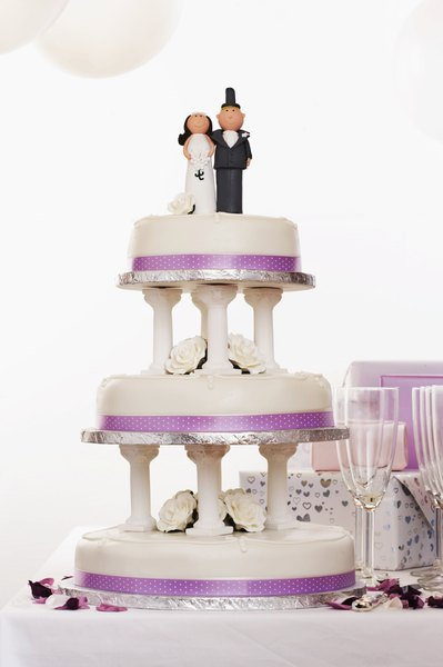 wedding cake tiers meaning wedding cake anniversary tradition the classroom synonym 26268