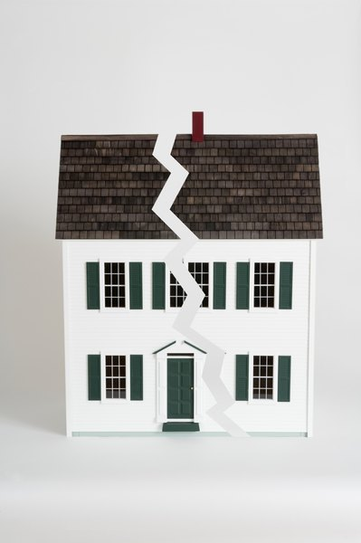 Your Stateu0027s Department Of Insurance Regulations Govern Homeowners  Insurance And Roof Damage.