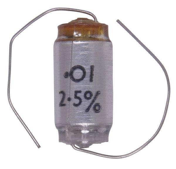Polarized capacitors have distinct positive and negative poles.