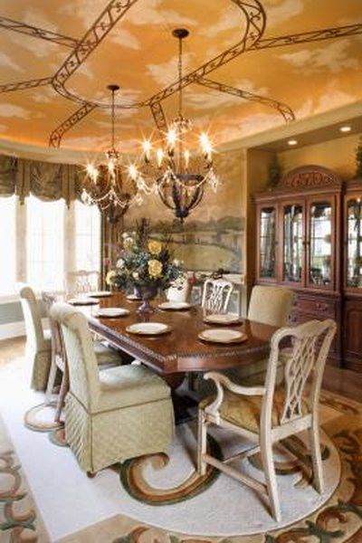 Tips On Choosing A Chandelier For High Ceilinged Dining Rooms