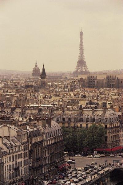 Além dos pontos históricos, Paris é perfeita para quem aprecia gastronomia e moda