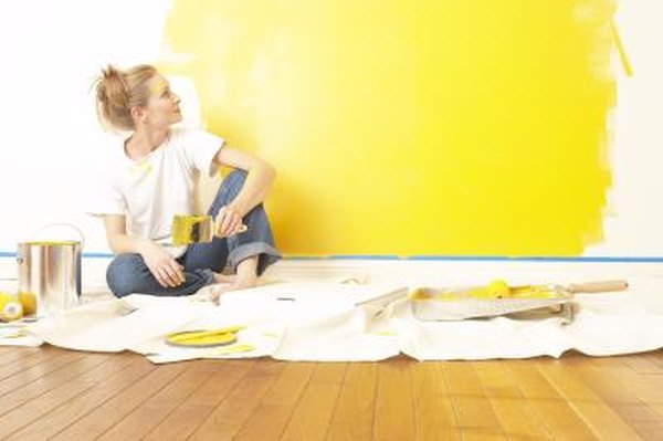 How To Decorate A Bedroom With Yellow Walls