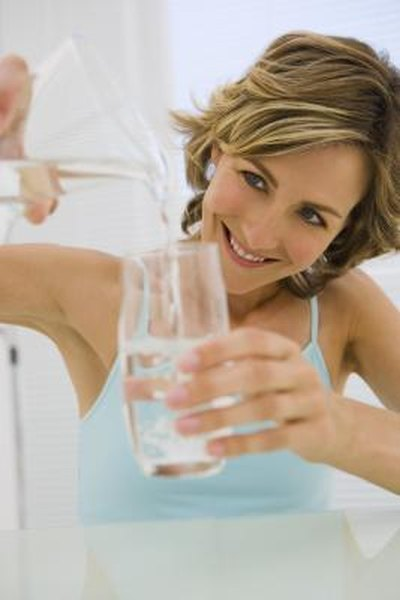 Does Drinking Water Affect Food Digestion Woman