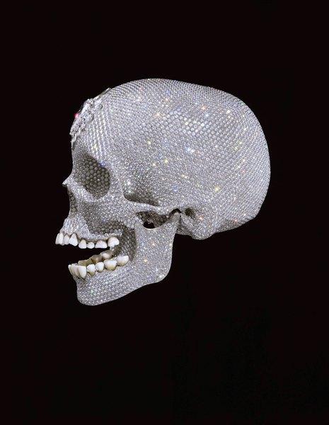É uma jóia da coroa ou uma novidade kitsch?