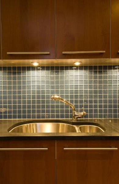 Over the Sink Lighting Ideas | Home Guides | SF Gate
