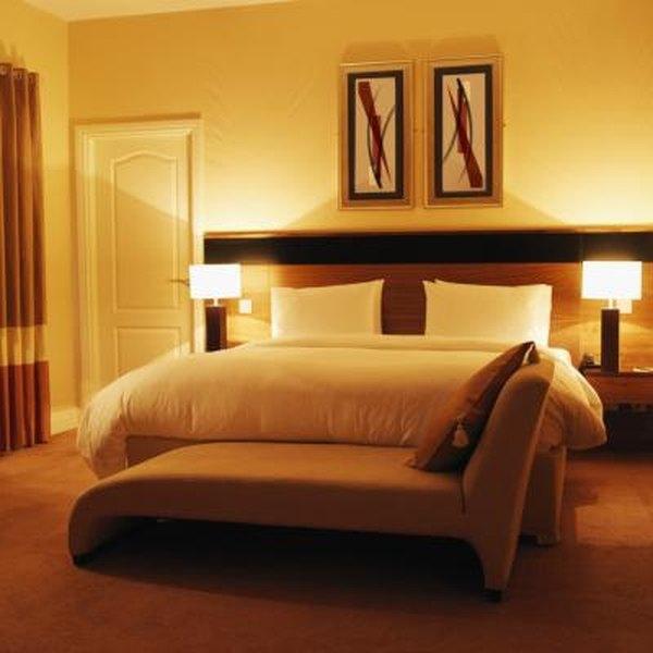 Interior Decorating Bedroom Lamps
