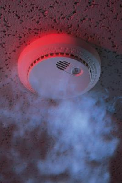 Eliminating Smoke Smell From Ceiling Tiles | Home Guides