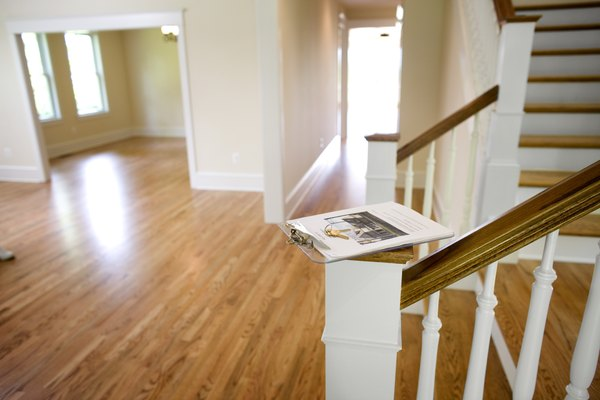 The Correct Direction For Laying Hardwood Floors Home Guides Sf Gate