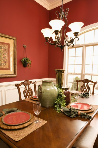 How To Decorate A Dining Room In An Old World Style Home