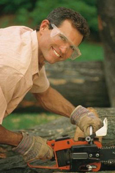 Poulan Pro Chain Saw Troubleshooting | Home Guides | SF Gate