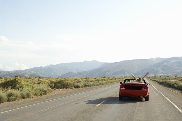 Caia na estrada com os amigos e faça uma comemoração prolongada