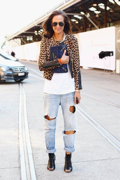 O jeans do namorado é a nova moda