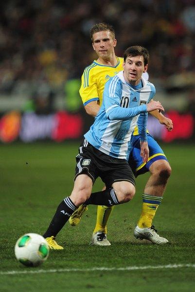 Com a ajuda de Messi, a Argentina já garantiu a vaga para a Copa do Mundo de 2014