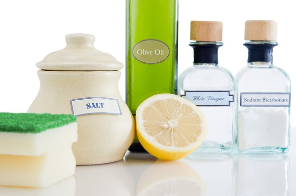 Vinegar And Water Are An Effective Natural Cleaning Solution The Basis For Many Cleaners