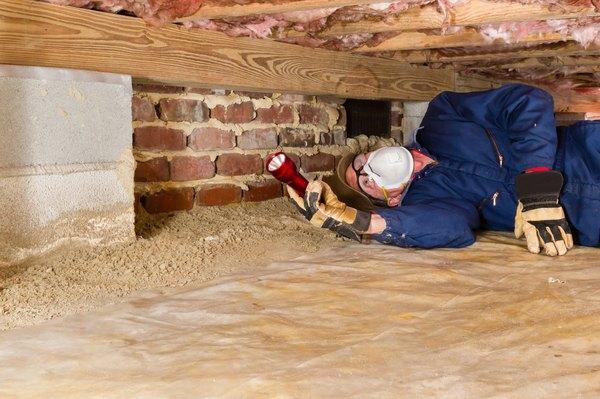 the advantages disadvantages of a house built on a slab vs a rh homeguides sfgate com basement vs crawl space cost basement vs crawl space