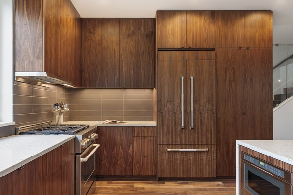 How To Make Stained Kitchen Cabinets Look Shiny Again Home Guides