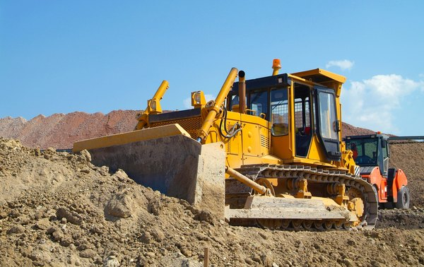 How to Operate Dozer Controls | Career Trend