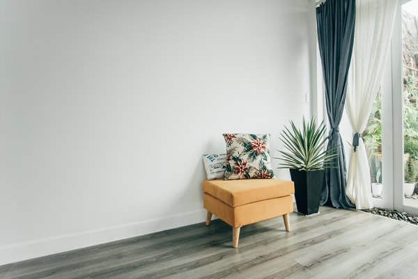 Hanging Curtains From The Ceiling Vs A Window Home Guides Sf Gate