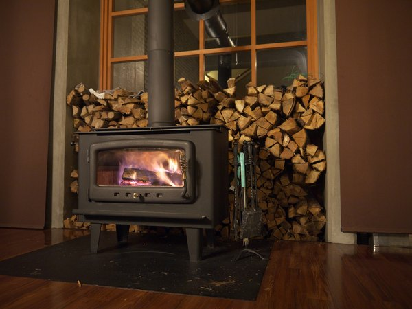 How To Use A Wood Stove Damper Home Guides Sf Gate