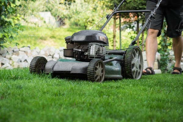 What Causes A Lawn Mower To Lose Power Going Uphill Home