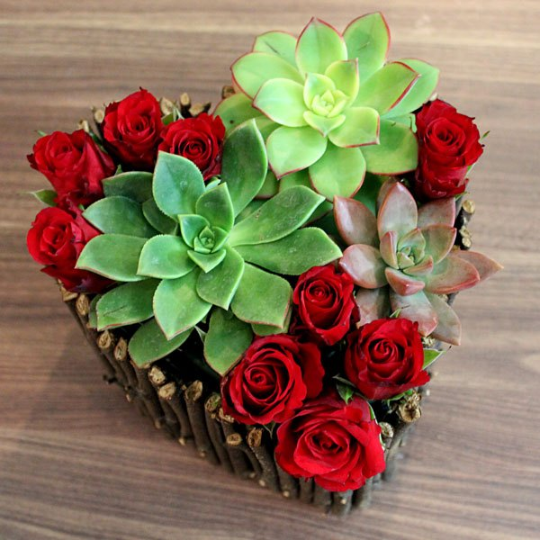 Acrescente as flores para preencher o restante da caixa