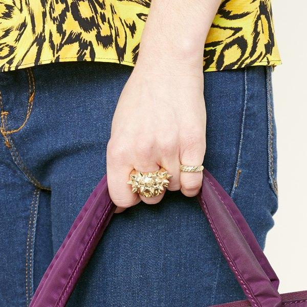Os anéis de dedo mindinho podem ser usados sempre