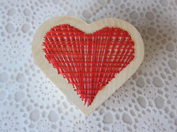Coração bordado pronto