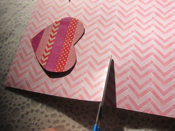 Corte a cartolina no tamanho desejado