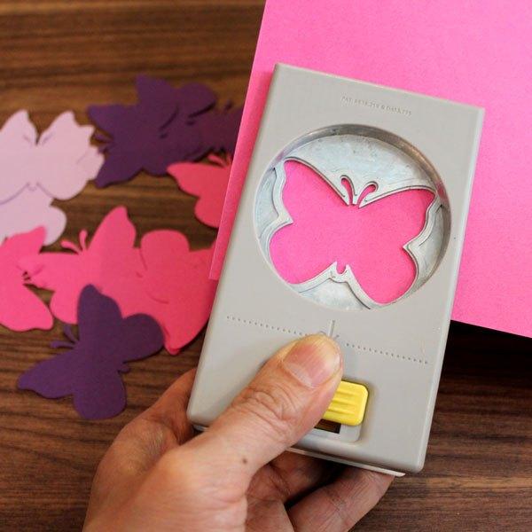 Faça as borboletas de papel