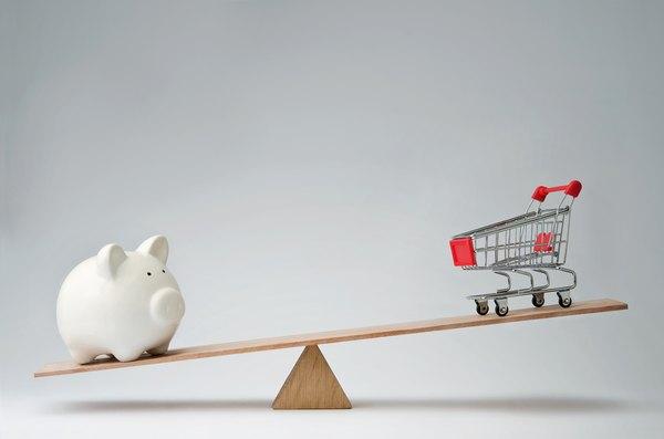 Leia dicas de uma especialista sobre como poupar dinheiro na hora de fazer a feira