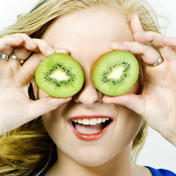 """Diferente de outras frutas, a casca do kiwi possui pequenos """"pelos"""""""