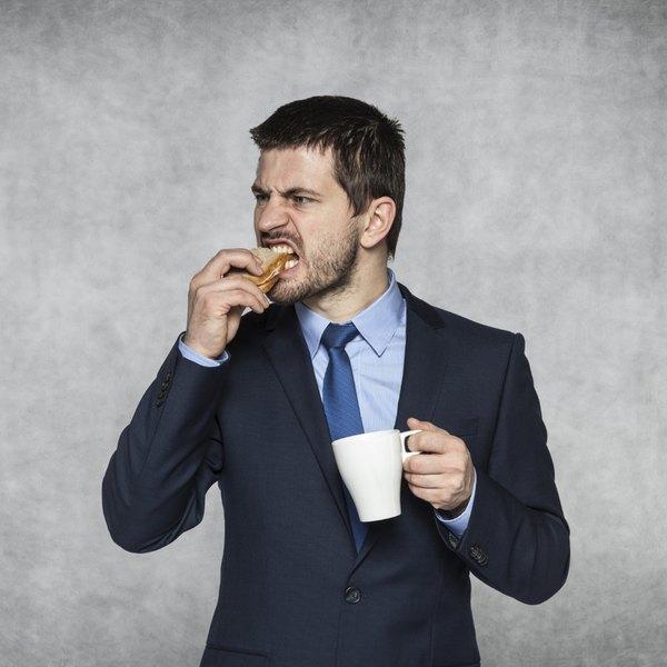 Remova do seu cardápio os alimentos que você sabe que não lhe fazem bem