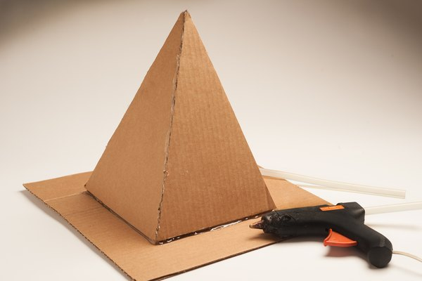 How To Build A Pyramid For A School Project Sciencing