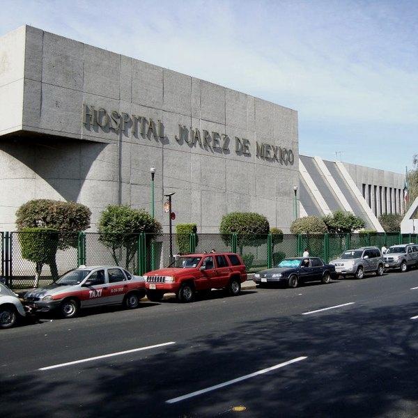 Fachado do Hospital Juárez de México, na Cidade do México