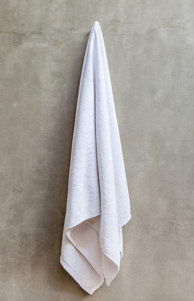 Escolha toalhas de qualidade para o banheiro