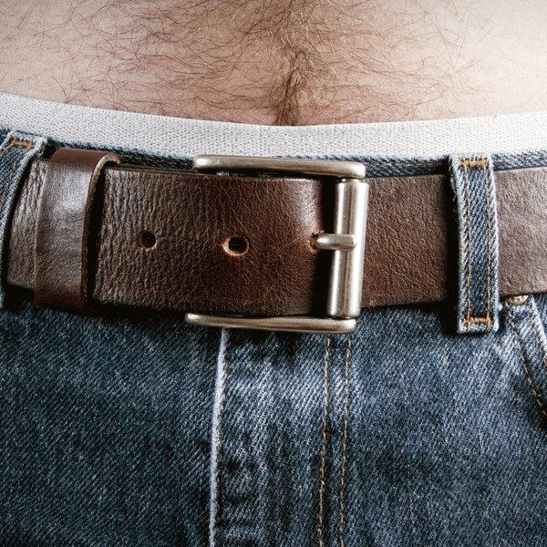 Petiscos e sedentarismo são os maiores vilões da barriguinha masculina