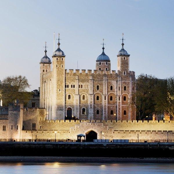 Entre os fantasmas que supostamente assombram a Torre de Londres estão Henrique 6º, Eduardo 5º da Inglaterra e seu irmão Ricardo de Shrewsbury