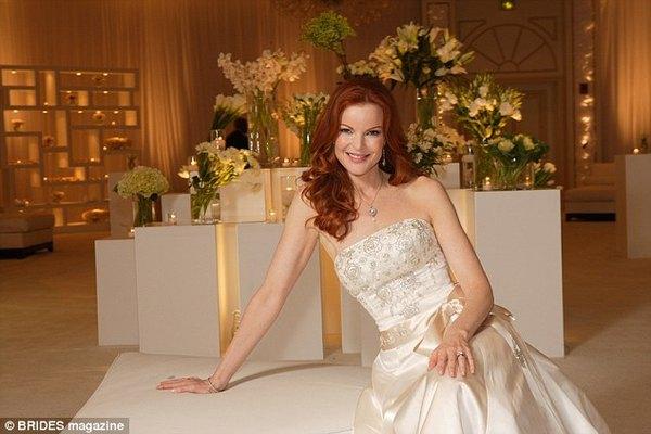 Marcia Cross lució un magnifico vestido para su boda con Tom Mahoney.