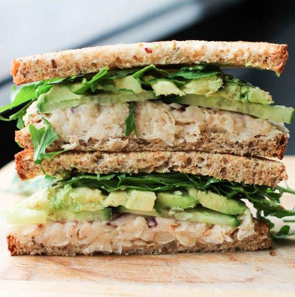 Si buscas algo diferente, rico y nutritivo, prepara este delicioso sándwich.