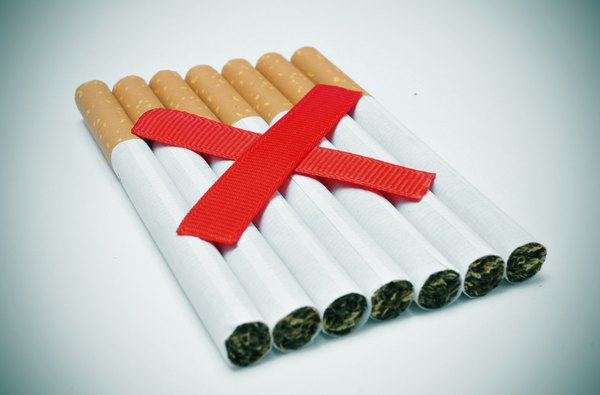 Depois de 15 anos sem fumar, o risco de desenvolver uma doença cardiovascular equivale ao mesmo de um não fumante