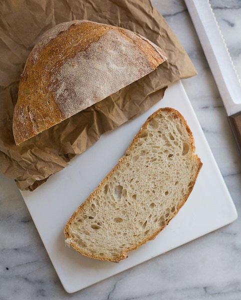 El pan de campo es una opción saludable para las mañanas.