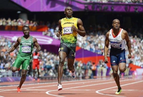 Usain Bolt es el corredor más rápido del mundo.