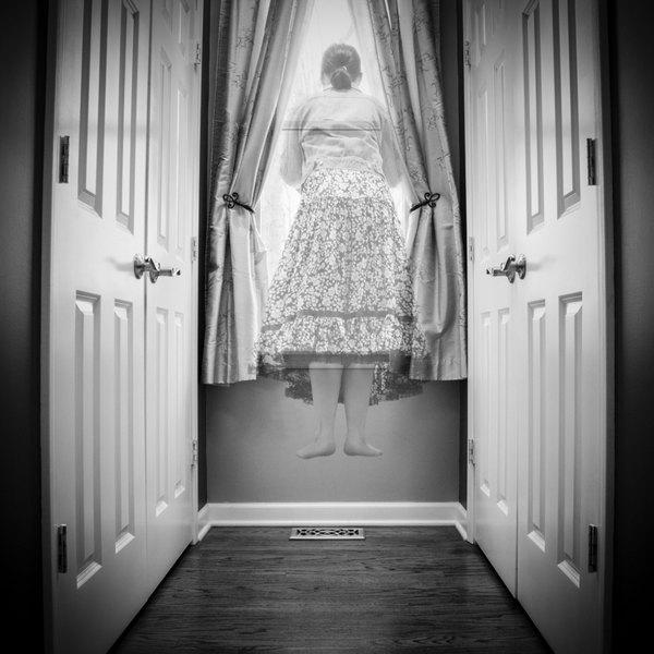 """""""Paranormalidade"""" é a palavra usada para descrever um conjunto de fenômenos que, até hoje, são estranhos à ciência"""