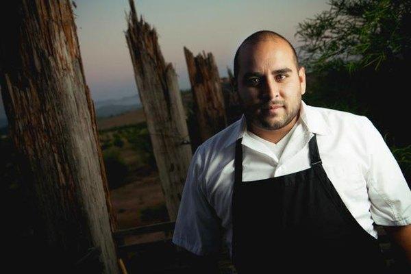 Su restaurante Corazón de Tierra crea su menú diario según lo que haya cultivado.