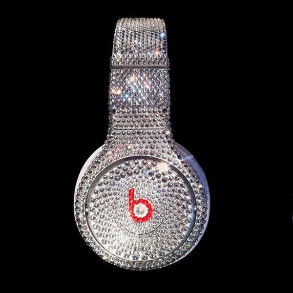 Si te gustan los accesorios tecnológicos de lujo, te encantarán estos auriculares.