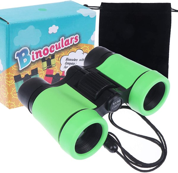 This binocular kit will help you birdwatch.
