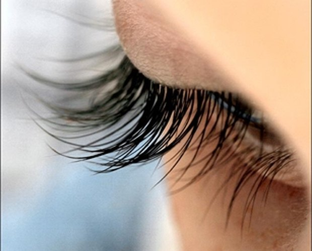 How to Make Eyelashes Grow Back Quickly | LEAFtv