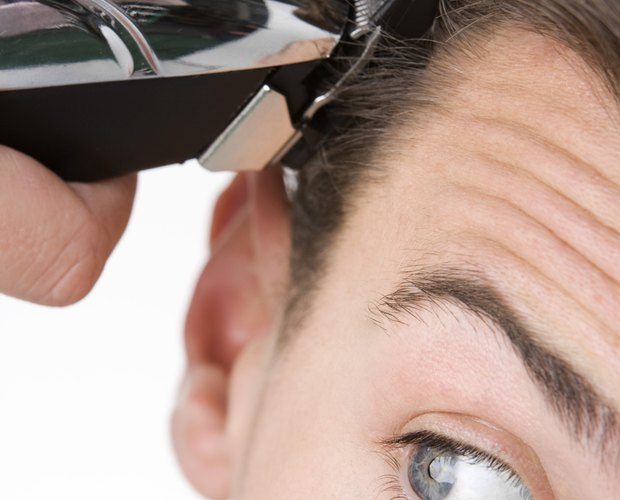How To Give Yourself A Men S Haircut Leaftv