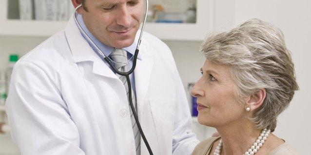El salario promedio de un médico internista